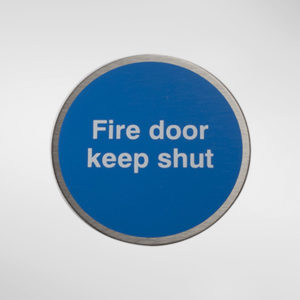 98949 Alite Circular Self Adhesive 'Fire Door Keep Shut' Sign