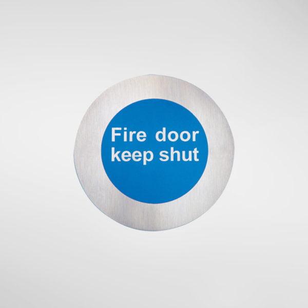 8549 Modric Self Adhesive 'Fire door keep shut' Sign